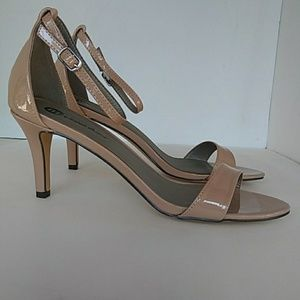 New NUDE Patent PU Small Heel Dress Shoes